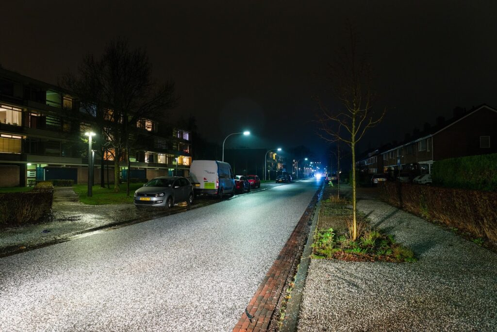 Lichtreflecterend asfalt deklaag Haren